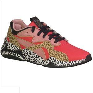 Puma animal print size 8 women's